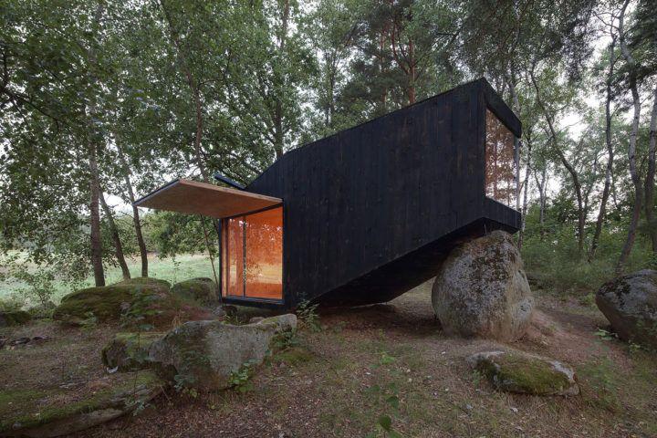 iGNANT-Architecture-Uhlik-Architekti-Forest-Retreat-003