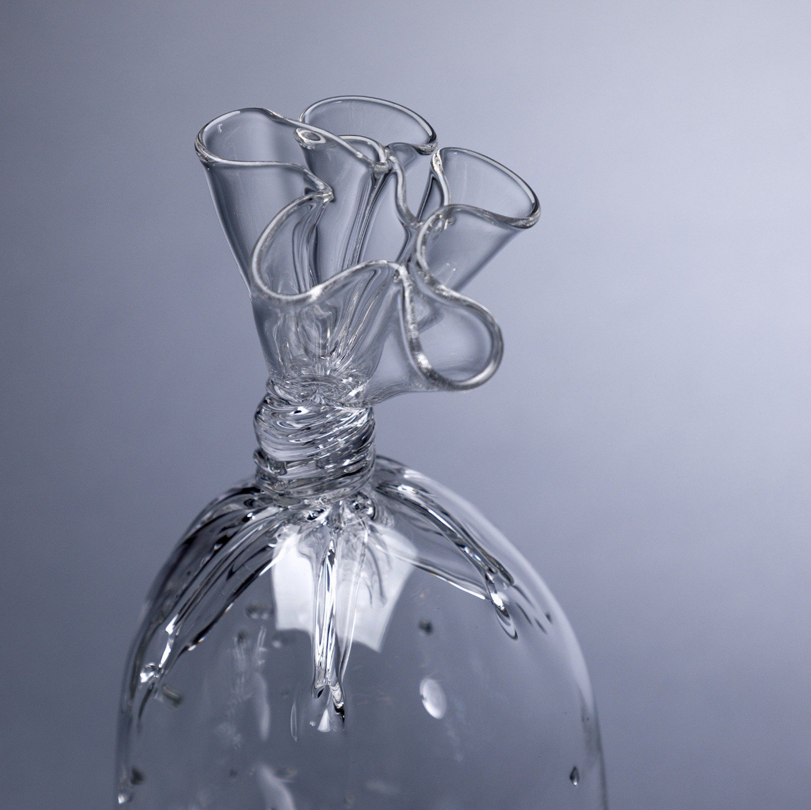iGNANT-Design-Dylan-Martinez-Water-Bags-007