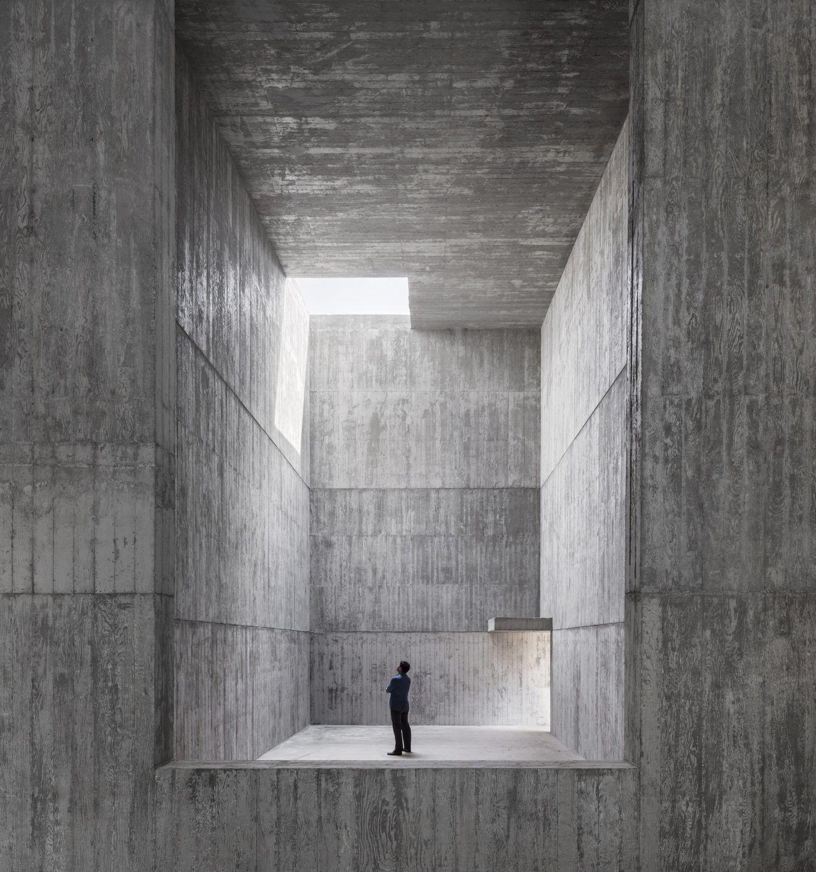 IGNANT-Architecture-Alvaro-Siza-Carlos-Castanheira-Art-Pavilion-Photographs-15
