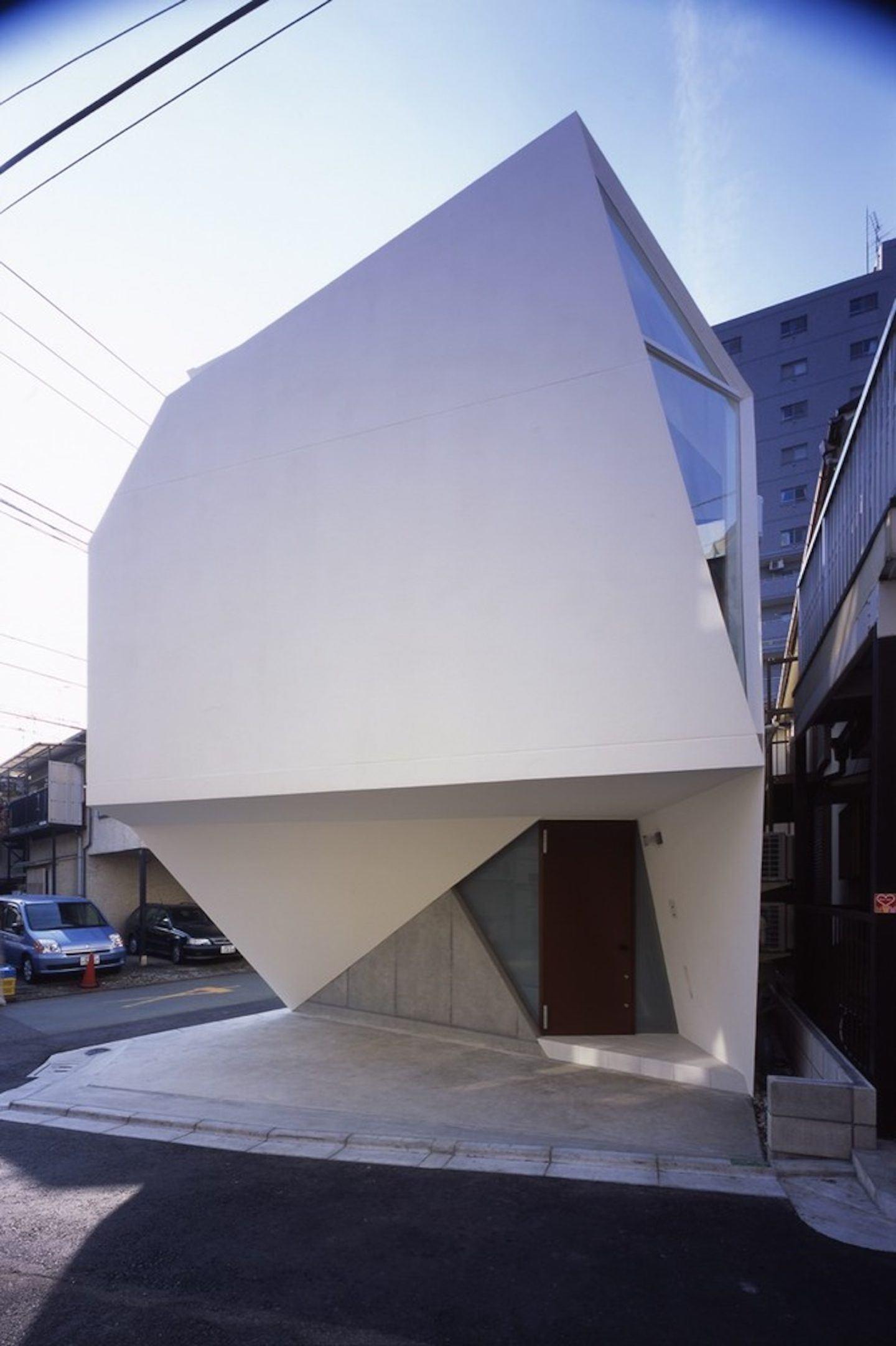 IGNANT-Architecture-Atelier-Tekuto-Reflection-Of-Mineral-004