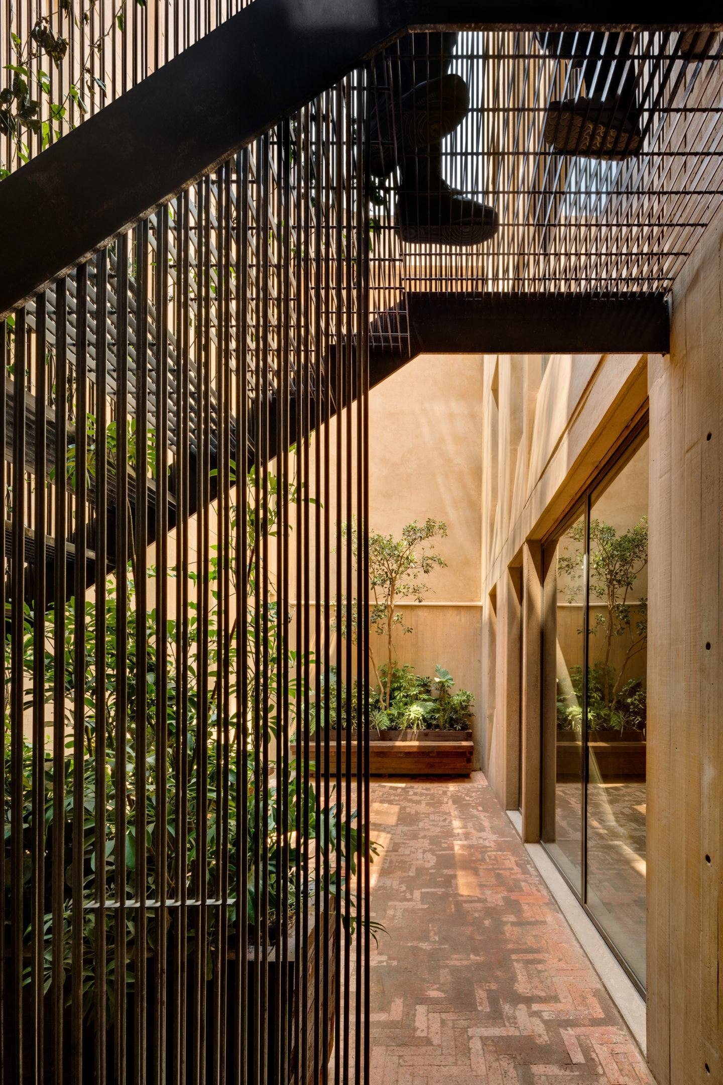 IGNANT-Architecture-Taller-Hector-Barroso-LC710-9