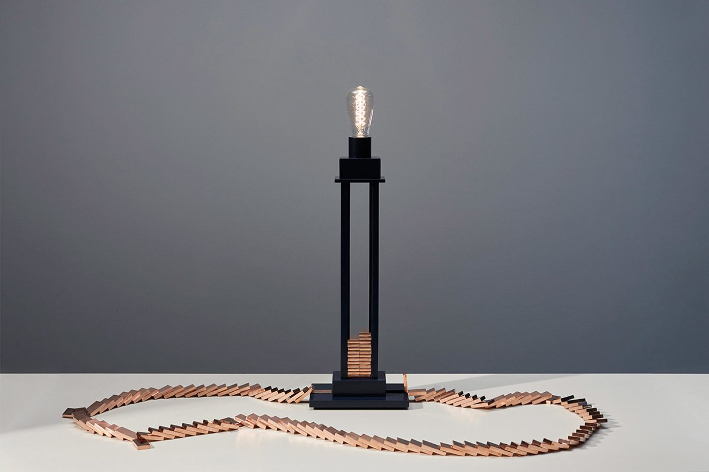 IGNANT-Design-Glithero-Domino-Lamp-004