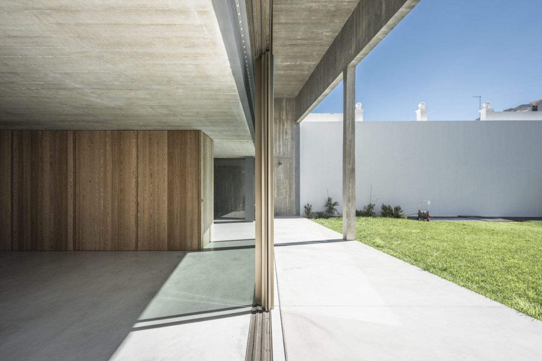 IGNANT-Architecture-Aires-Mateus-Casa-Estrela-15