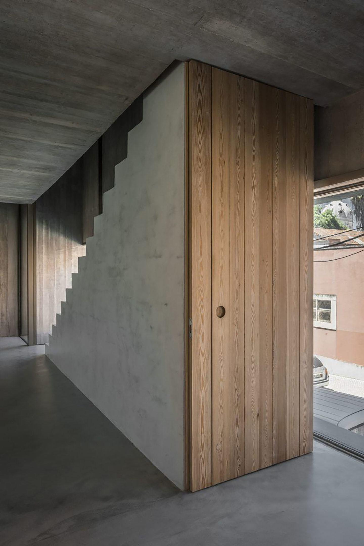 IGNANT-Architecture-Aires-Mateus-Casa-Estrela-21