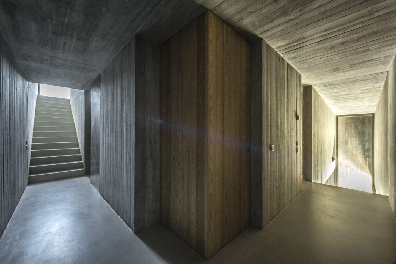 IGNANT-Architecture-Aires-Mateus-Casa-Estrela-23