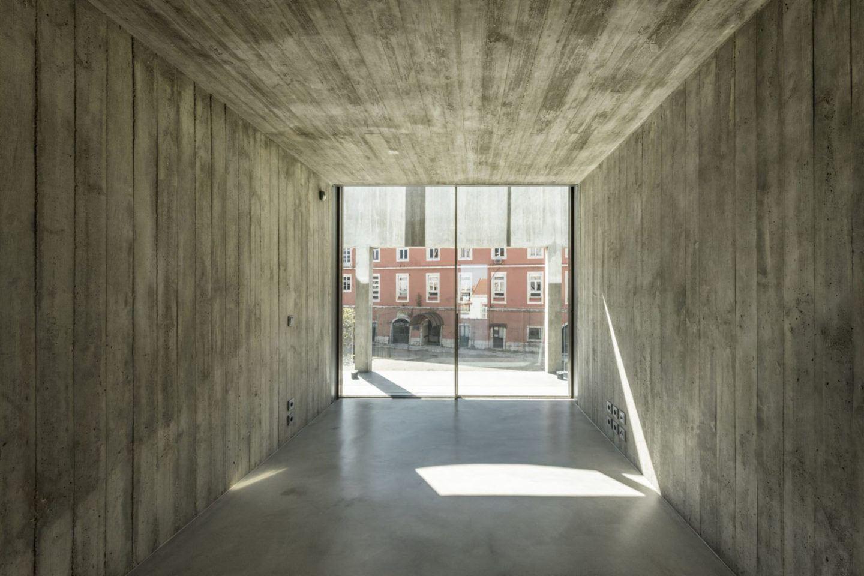 IGNANT-Architecture-Aires-Mateus-Casa-Estrela-29