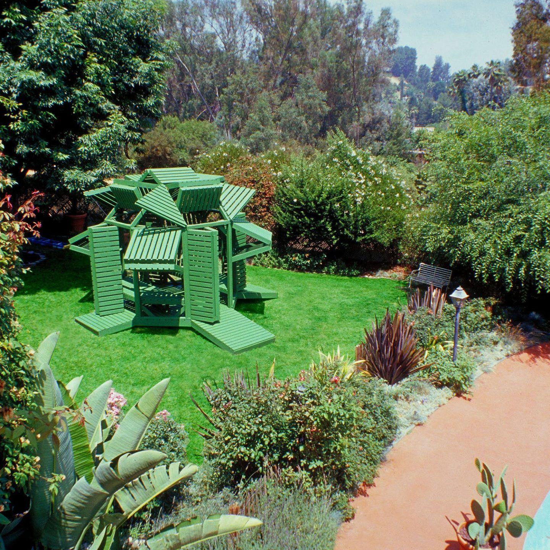 IGNANT-Architecture-Michael-Jantzen-Interactive-Garden-Pavilion-9
