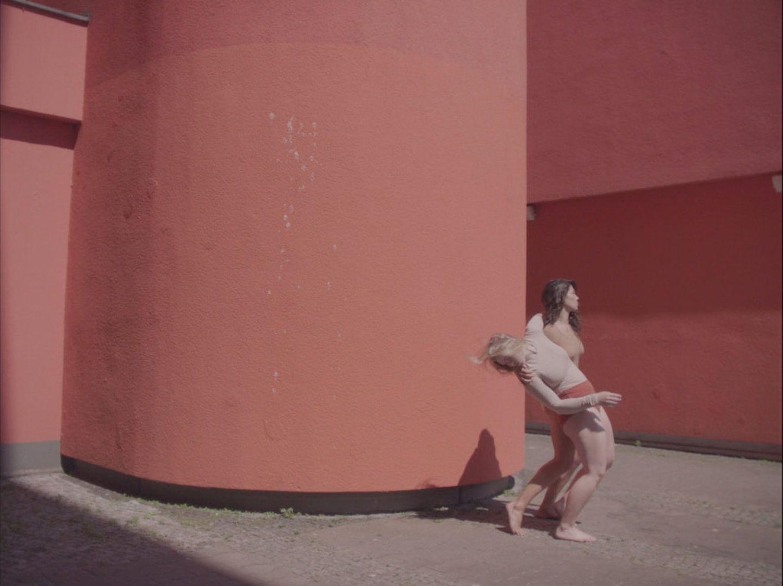 IGNANT-Other-Fiona-Jane-Burgess-Versus-002