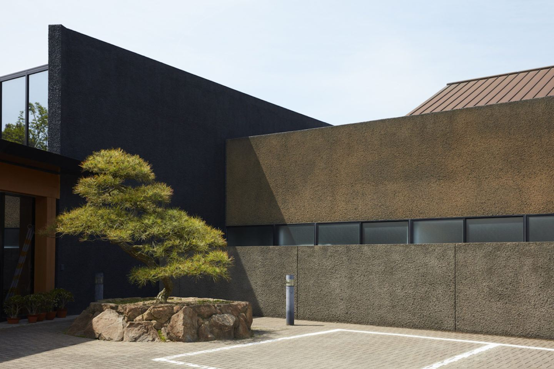 IGNANT-Print-Roberto-Badin-Inside-Japan-012