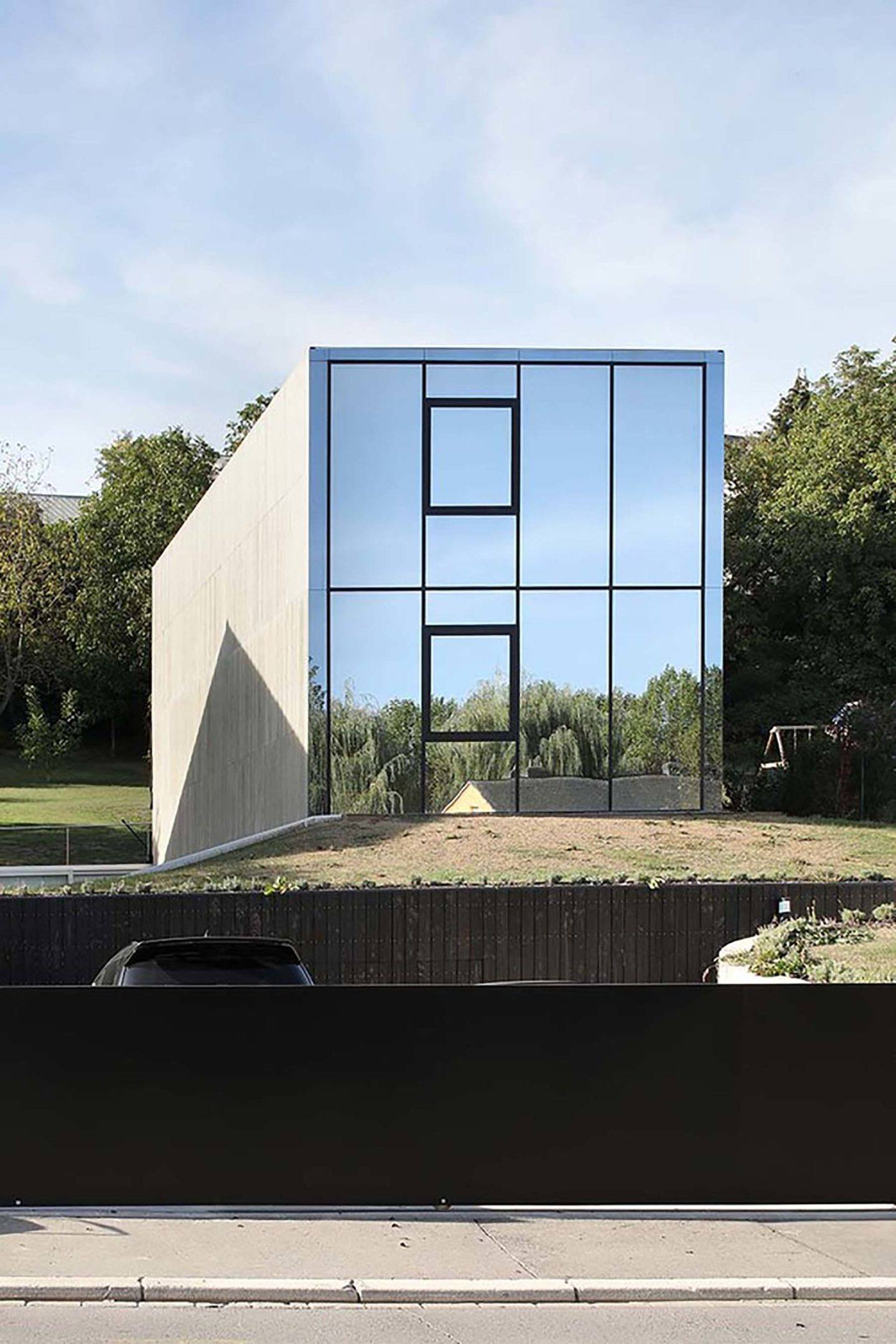 IGNANT-Architecture-2001-Hercule-1