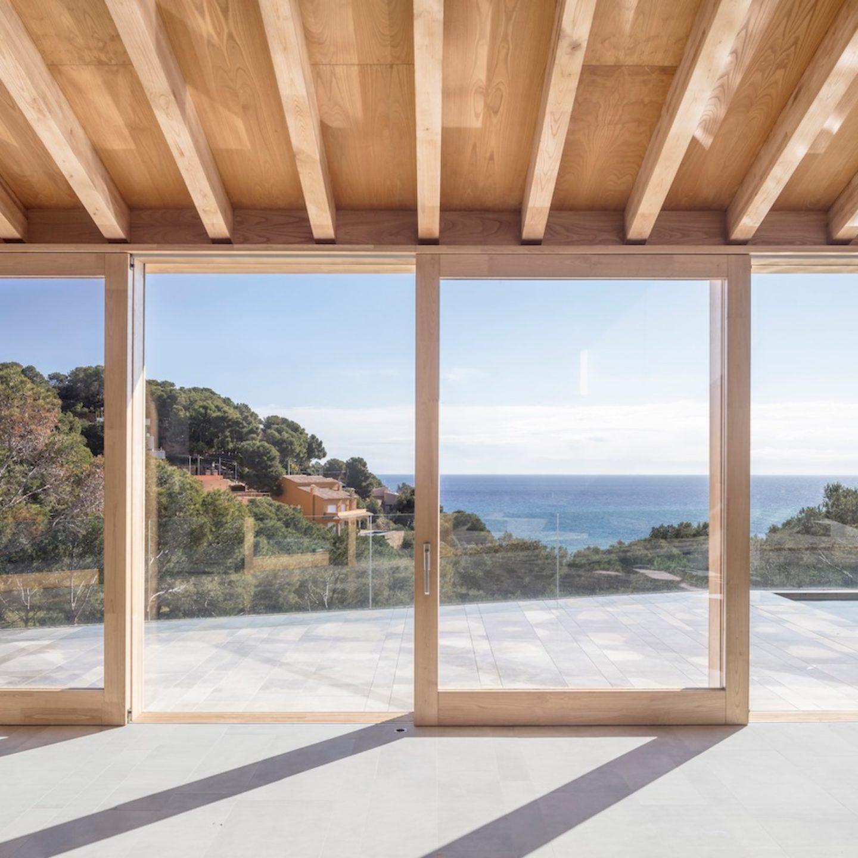 IGNANT-Architecture-5AM-Arquitectura-House-In-Tamariu-001