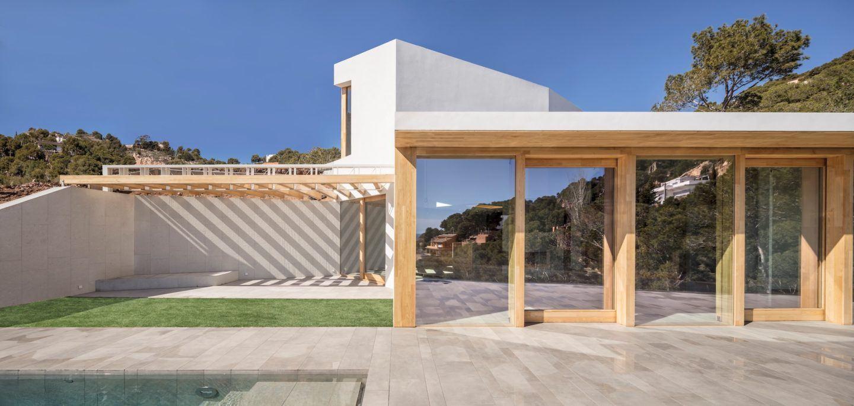 IGNANT-Architecture-5AM-Arquitectura-House-In-Tamariu-003