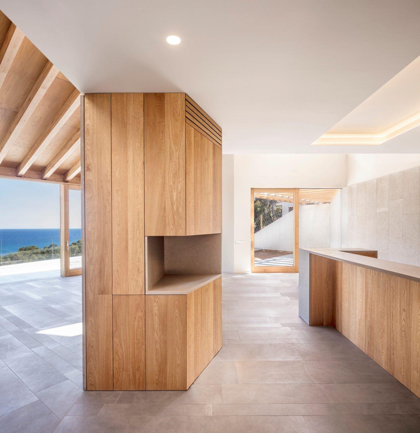 IGNANT-Architecture-5AM-Arquitectura-House-In-Tamariu-006