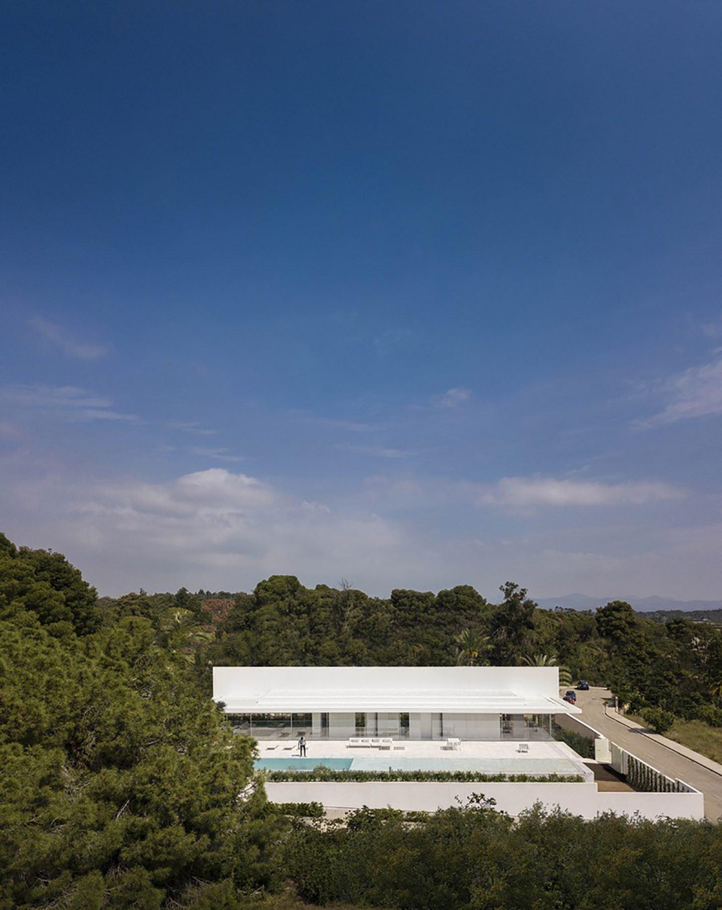 IGNANT-Architecture-Fran-Silvestre-Arquitectos-Hofmann-House-14