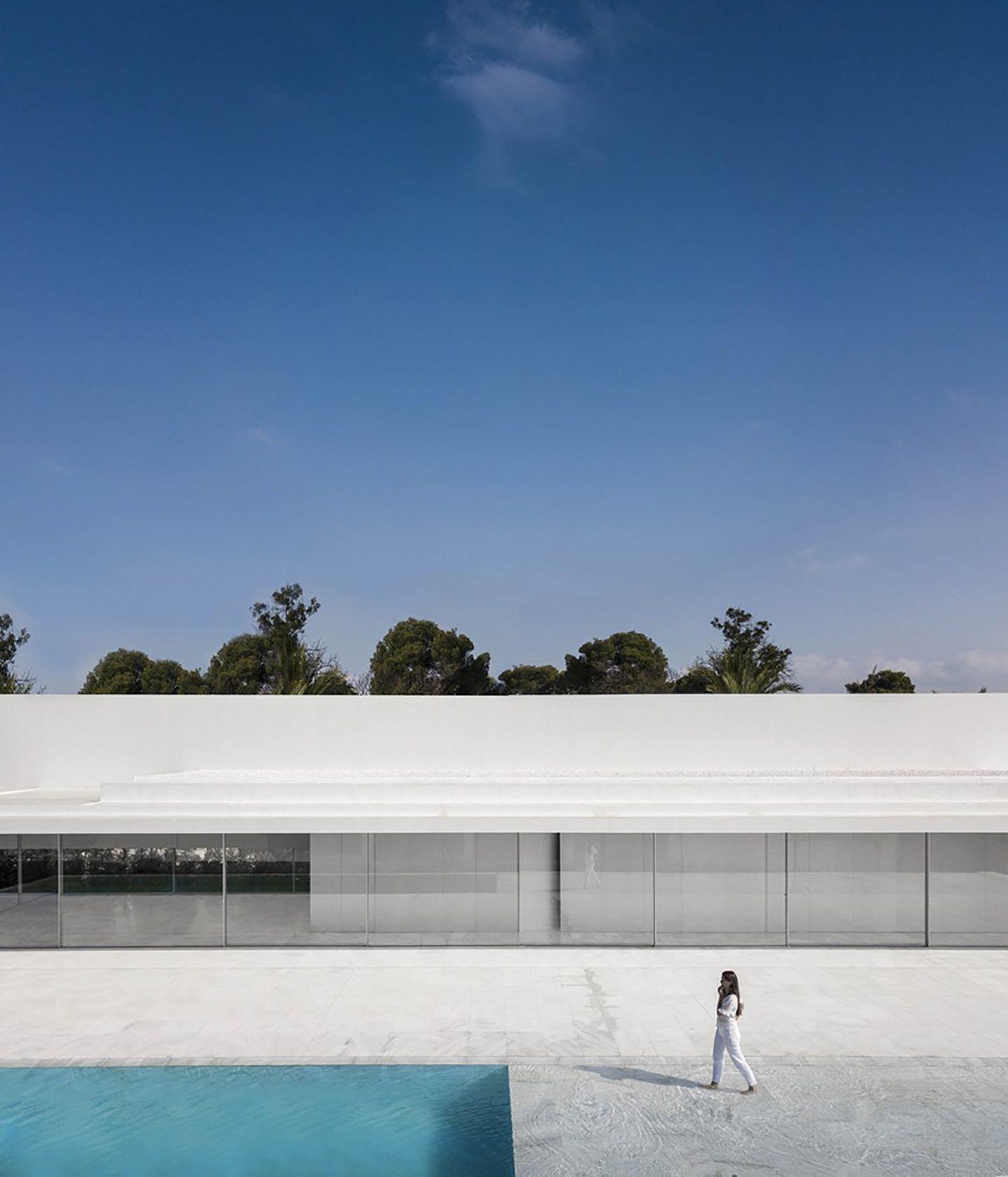 IGNANT-Architecture-Fran-Silvestre-Arquitectos-Hofmann-House-17