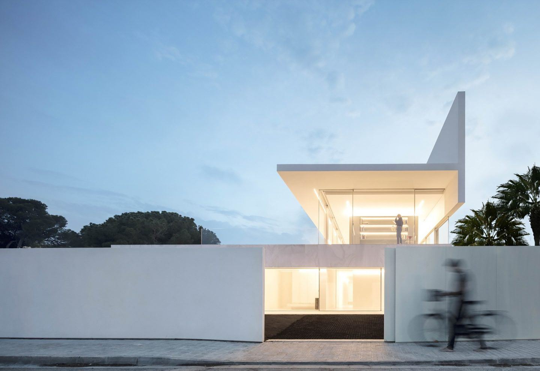 IGNANT-Architecture-Fran-Silvestre-Arquitectos-Hofmann-House-19