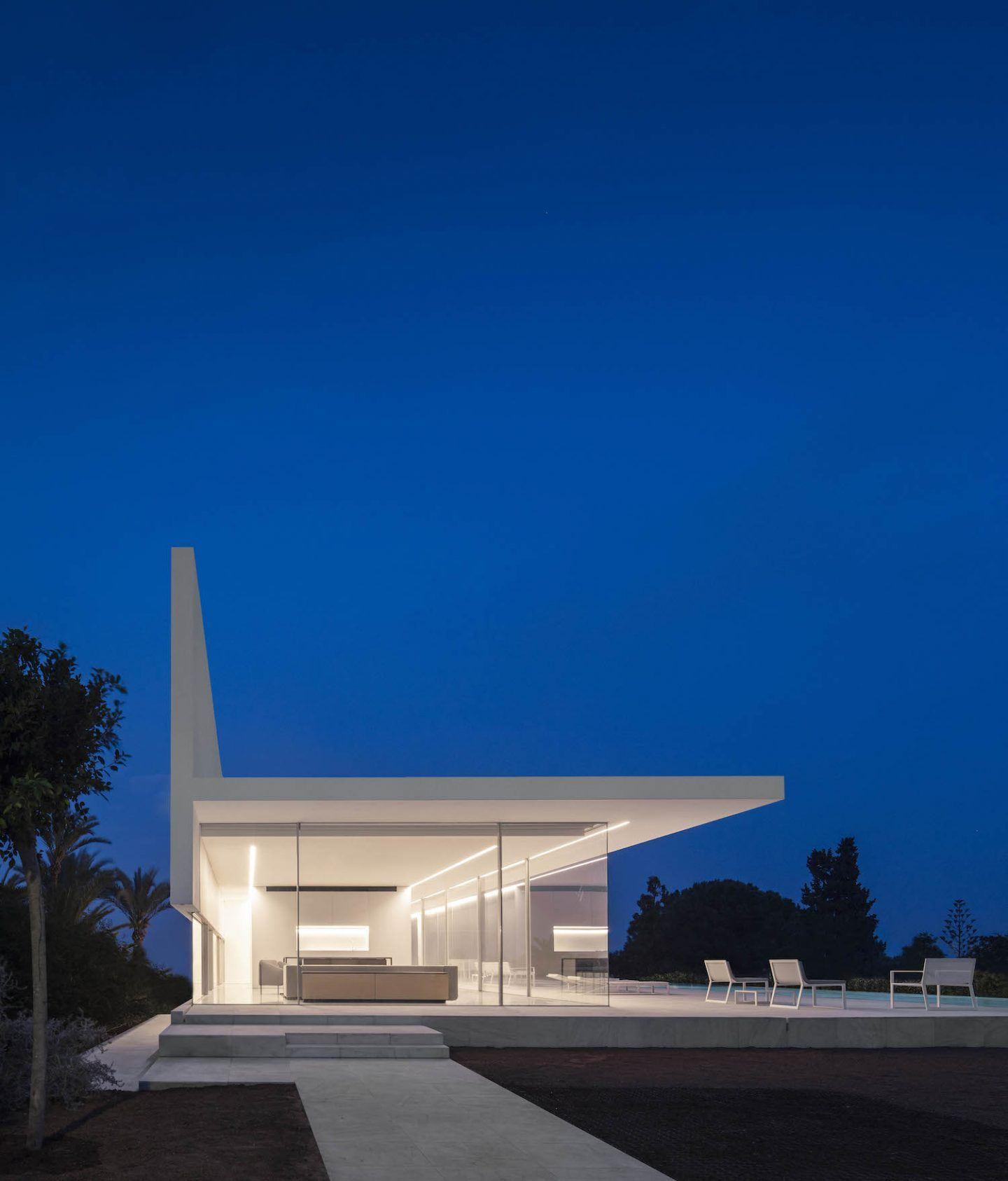 IGNANT-Architecture-Fran-Silvestre-Arquitectos-Hofmann-House-4