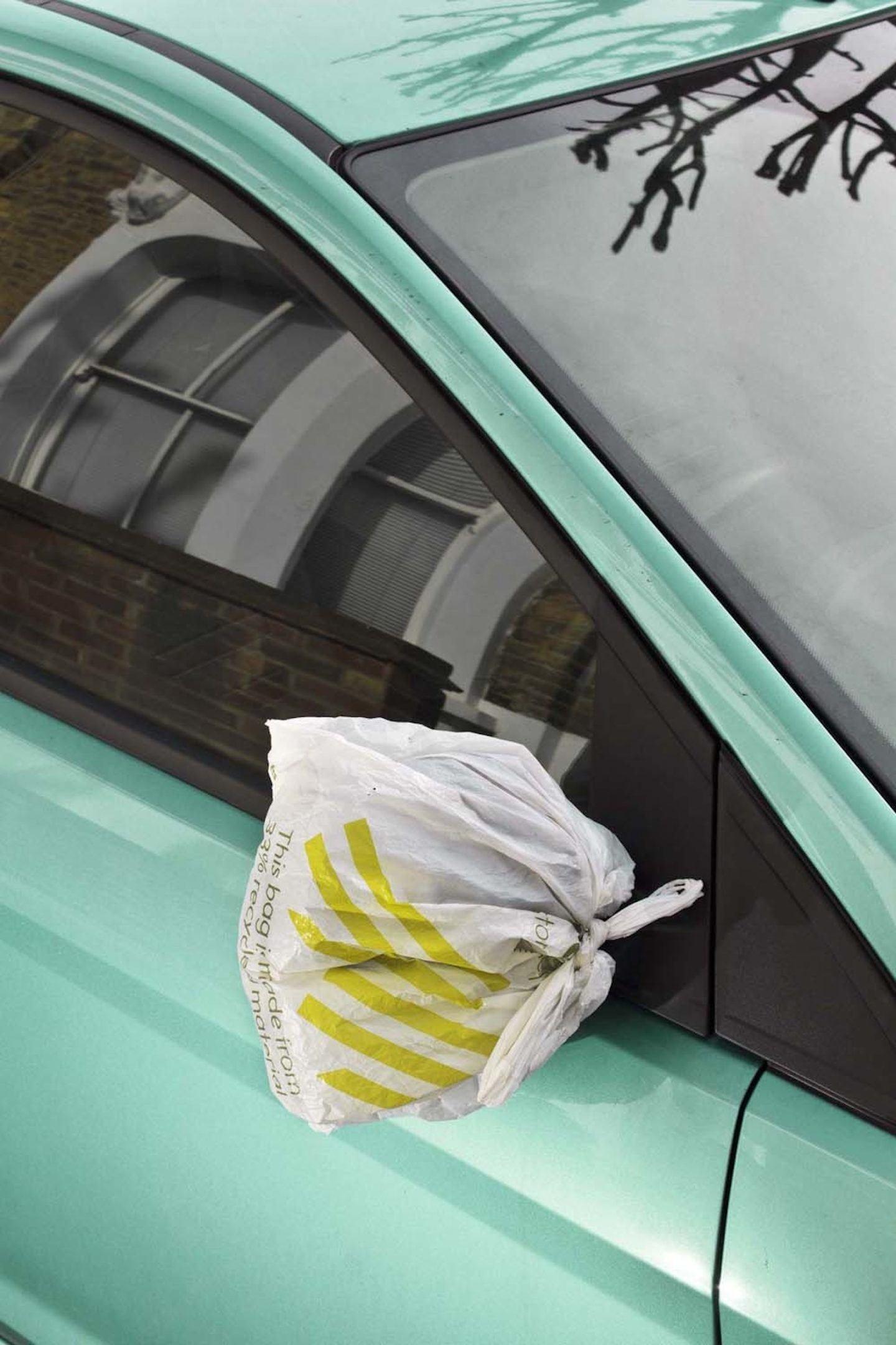 IGNANT-Print-Ronni-Campana-Badly-Repaired-Cars-018