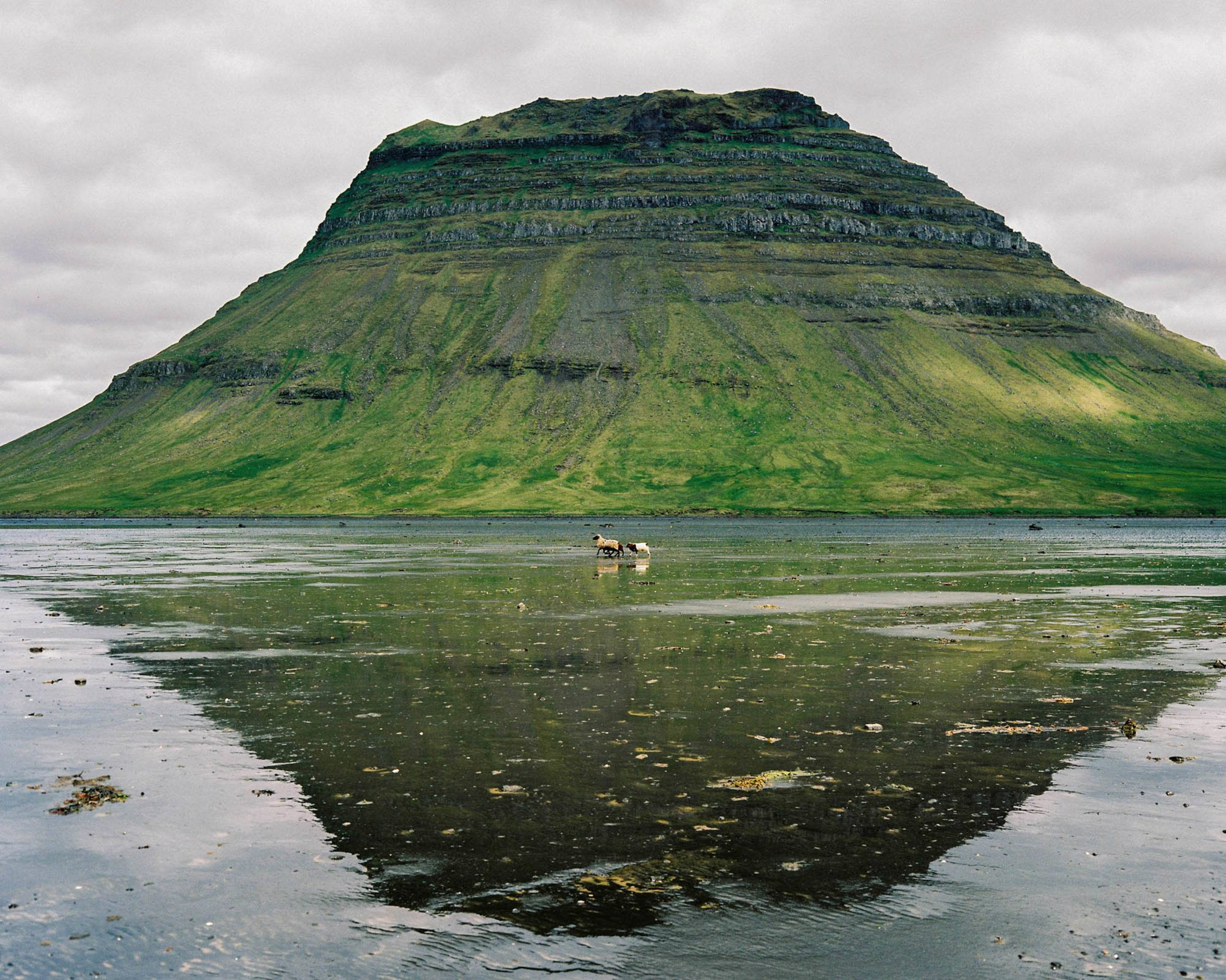 IGNANT-Travel-Michael-Novotny-Iceland-Home-Away-From-Home-22