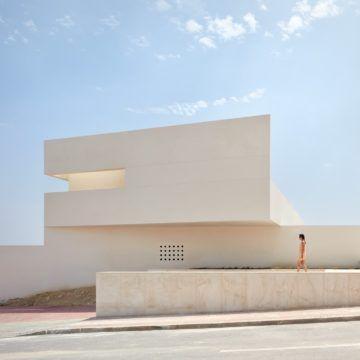 lGNANT-Architecture-Balzar-Arquitectos-Mirasal-003