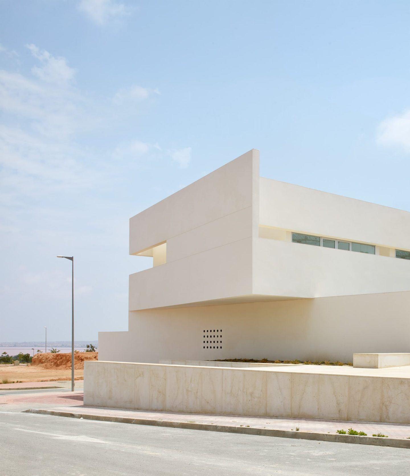 lGNANT-Architecture-Balzar-Arquitectos-Mirasal-006