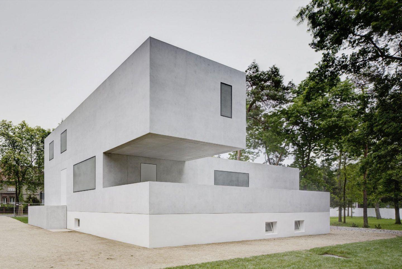 IGNANT-Architecture-Bruno-Fioretti-Marquez-Bauhaus-Meisterhauser-1