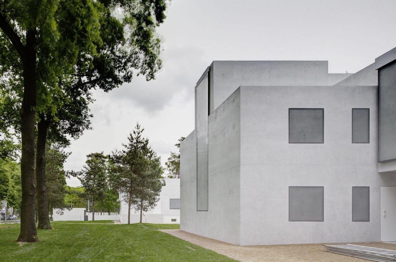 IGNANT-Architecture-Bruno-Fioretti-Marquez-Bauhaus-Meisterhauser-5