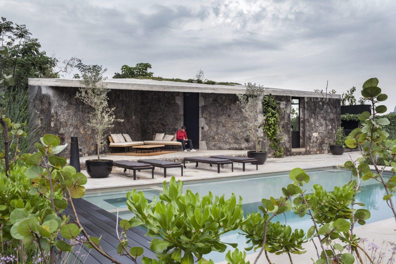 IGNANT-Architecture-Cadaval-Sola-Morales-Ma-Lounge-1