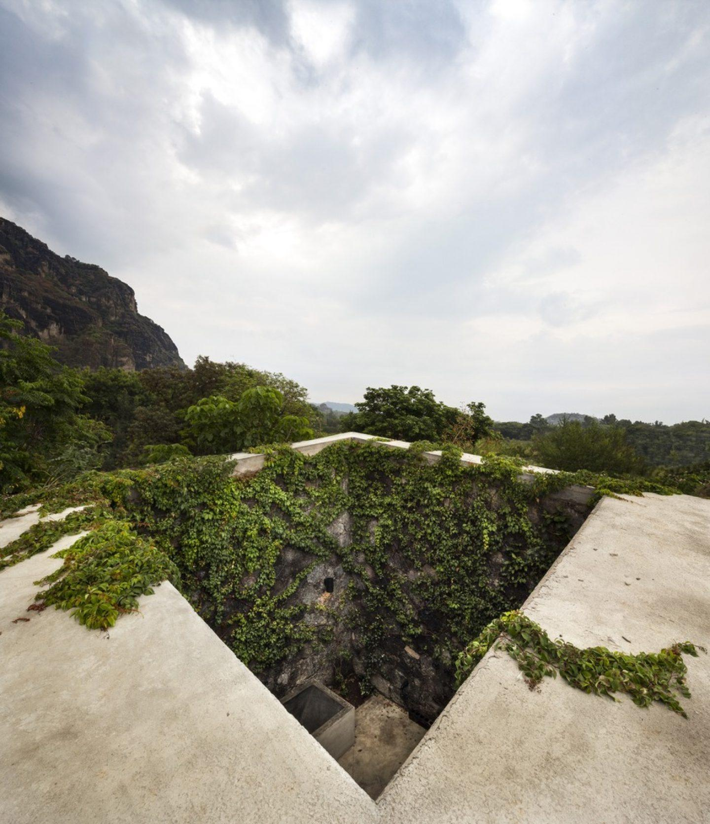 IGNANT-Architecture-Cadaval-Sola-Morales-Ma-Lounge-5