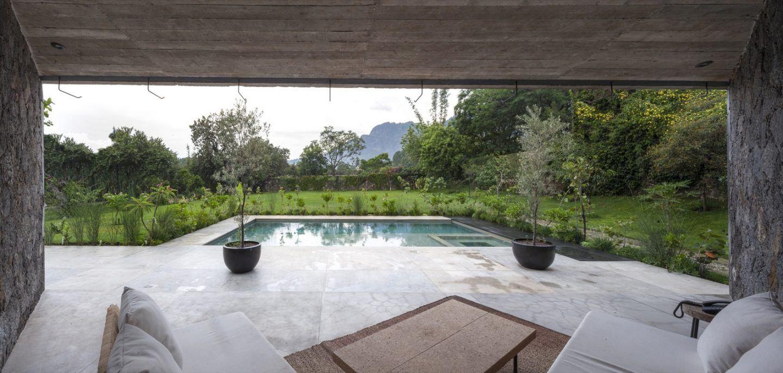 IGNANT-Architecture-Cadaval-Sola-Morales-Ma-Lounge-7