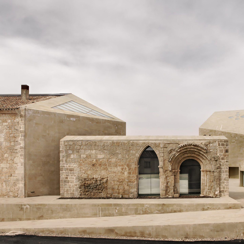 IGNANT-Architecture-Estudio-Barozzi-Veiga-Ribera-del-Duero-HQ-3