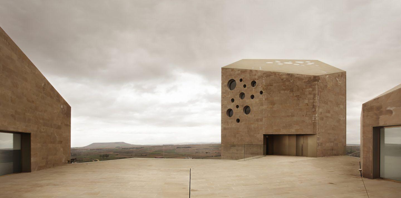 IGNANT-Architecture-Estudio-Barozzi-Veiga-Ribera-del-Duero-HQ-5