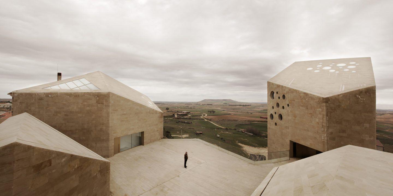 IGNANT-Architecture-Estudio-Barozzi-Veiga-Ribera-del-Duero-HQ-6