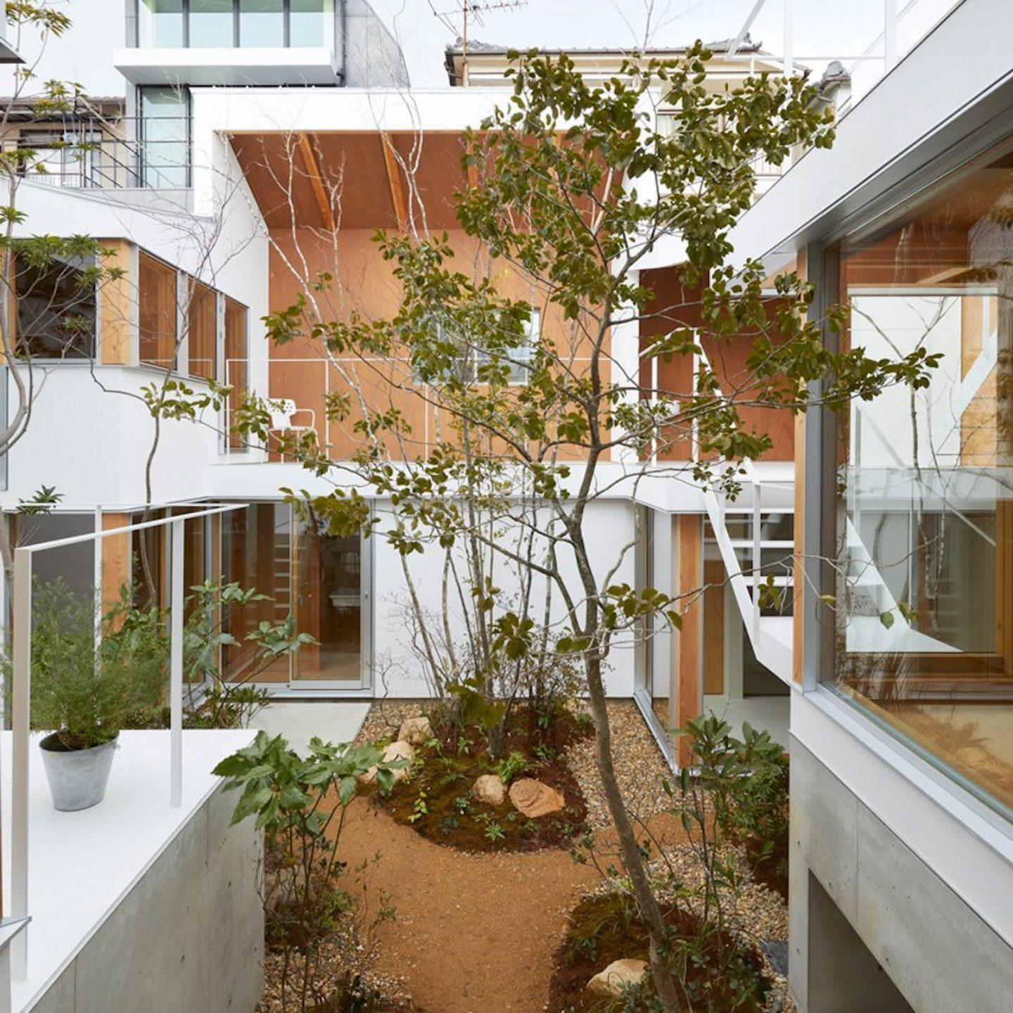 IGNANT-Architecture-Hata-Tomohiro-Loop-Terrace-house-007