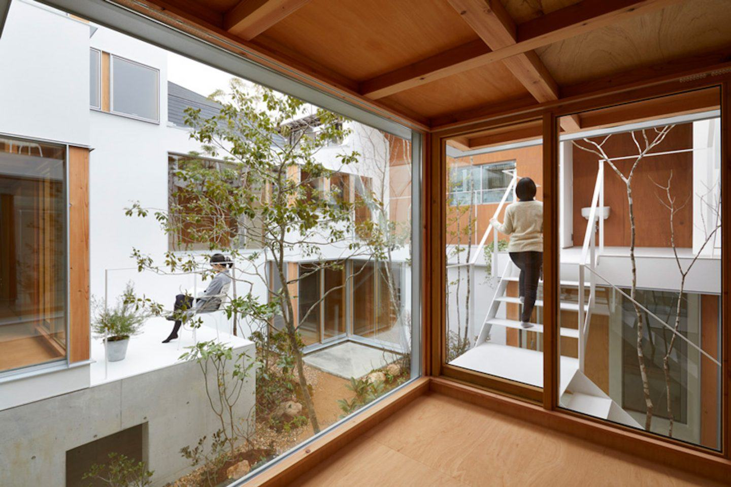 IGNANT-Architecture-Hata-Tomohiro-Loop-Terrace-house-009