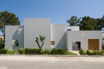 IGNANT-Architecture-Miguel-Marcelino-House-In-Troia-001