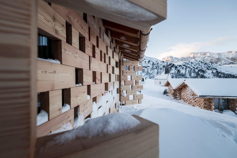 IGNANT-Architecture-Noa-Zallinger-Refuge-Hotel-002