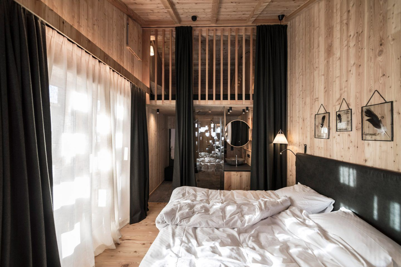 IGNANT-Architecture-Noa-Zallinger-Refuge-Hotel-013