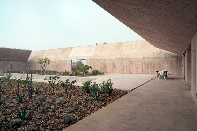 IGNANT-Architecture-Valerio-Olgiati-Villa-Alem-5