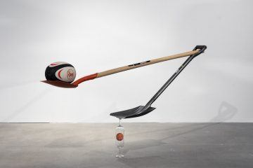 IGNANT-Art-Matt-Calderwood-Found-Objects-001