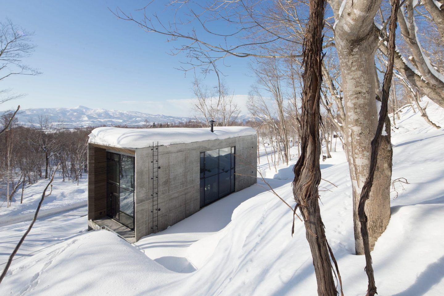 IGNANT-Design-ADesign-Award-And-Competition-Taki-Residence-1