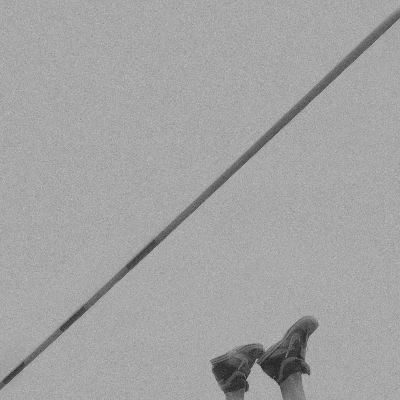 IGNANT-Photography-Klaus-Lenzen-Pole-Vault-10