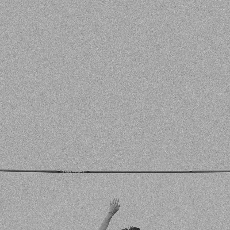 IGNANT-Photography-Klaus-Lenzen-Pole-Vault-11