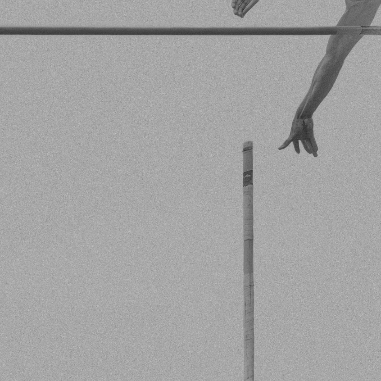IGNANT-Photography-Klaus-Lenzen-Pole-Vault-5