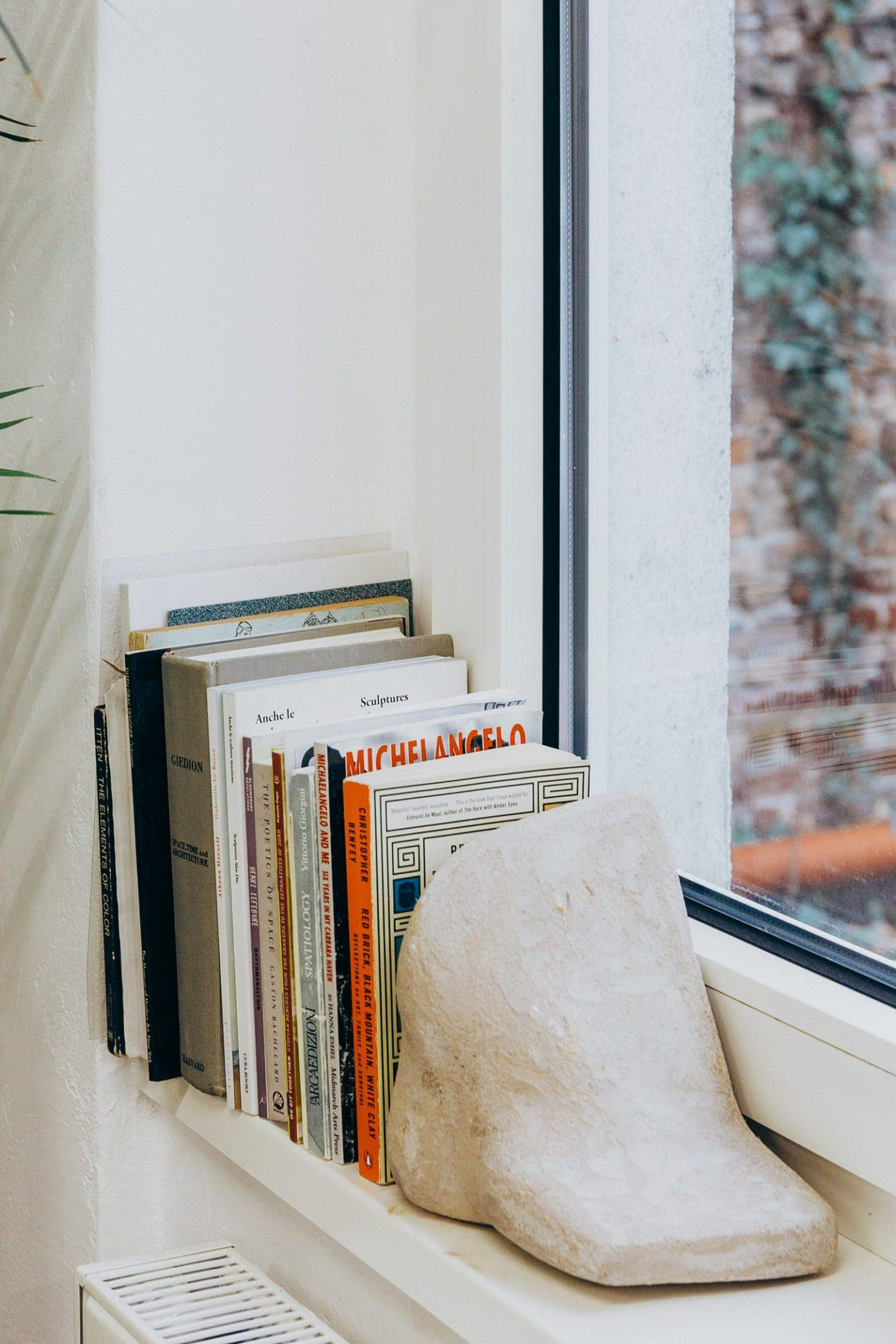 IGNANT-Studio-Visit-Yasmin-Bawa-Silvia-Conde-28