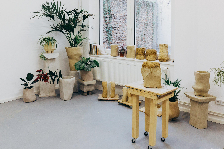 IGNANT-Studio-Visit-Yasmin-Bawa-Silvia-Conde-4