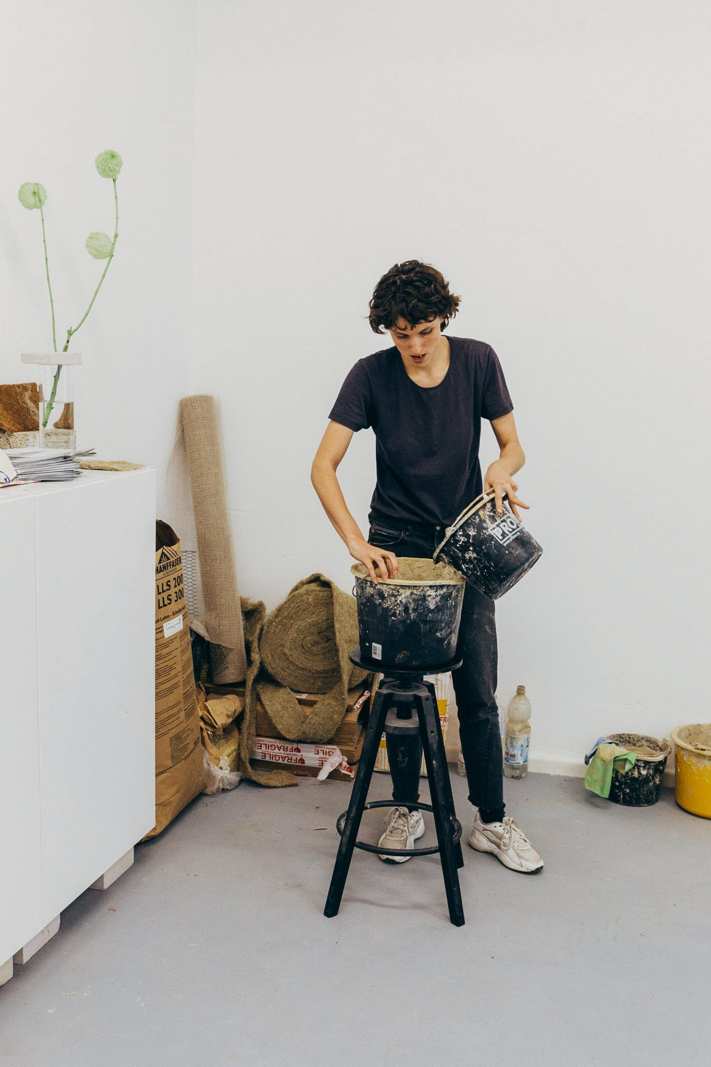 IGNANT-Studio-Visit-Yasmin-Bawa-Silvia-Conde-40