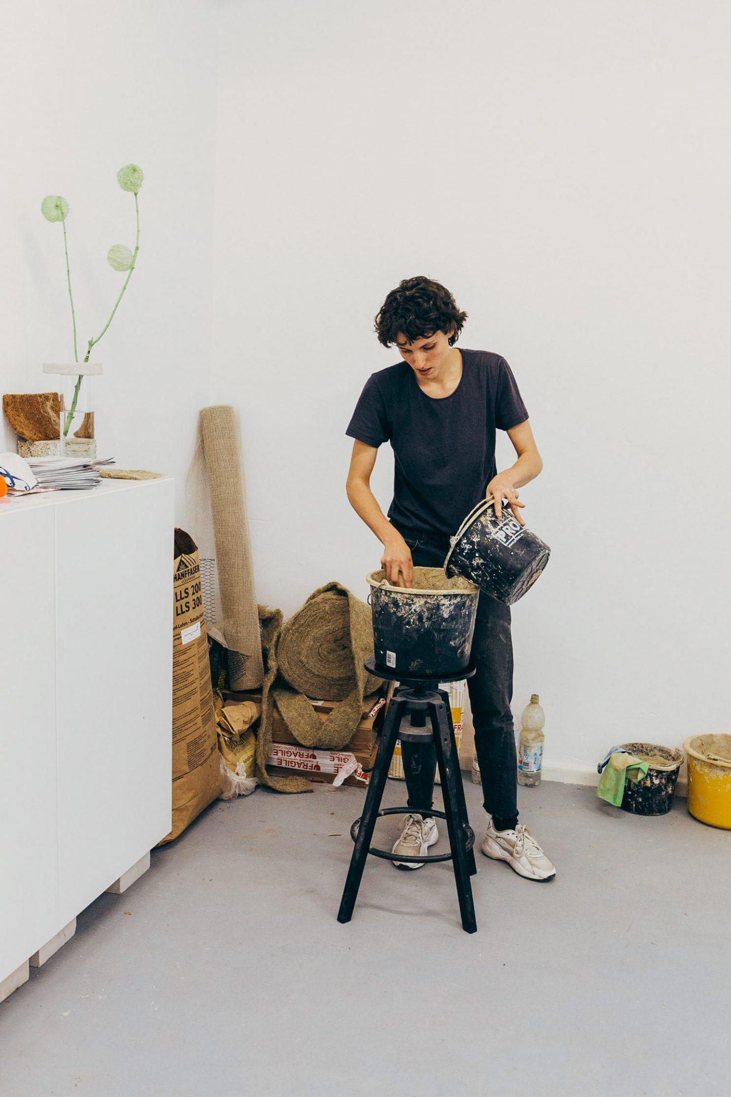 IGNANT-Studio-Visit-Yasmin-Bawa-Silvia-Conde-41