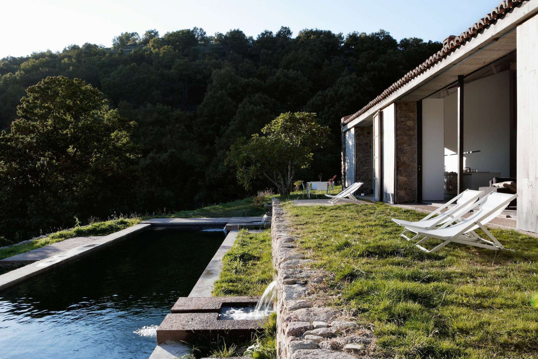 IGNANT-Travel-Abaton-Arquitectura-Finca-Extremadura-002