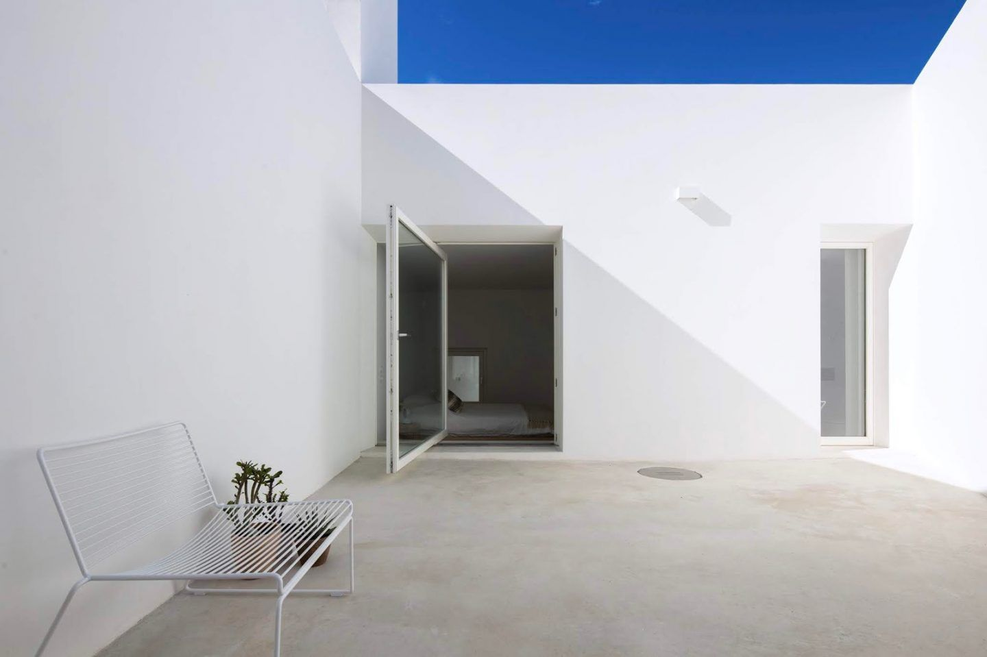 IGNANT-Travel-Casa-Luum-Portugal-25